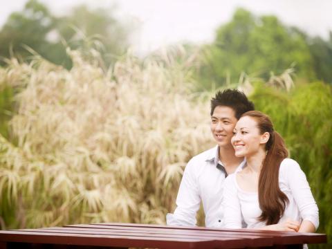 丈夫升主管常出差,竟外遇希望離婚!1故事體悟:外遇,是夫妻之間最深沉共謀