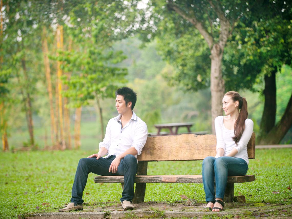 婚前柔情似水,婚後計較金錢、家暴離婚!妻傻眼:事情怎會這樣?我們不是要終老嗎