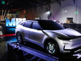 納智捷新款電動車10月登場!面對全球車用晶片荒,裕隆:旗下品牌都不缺
