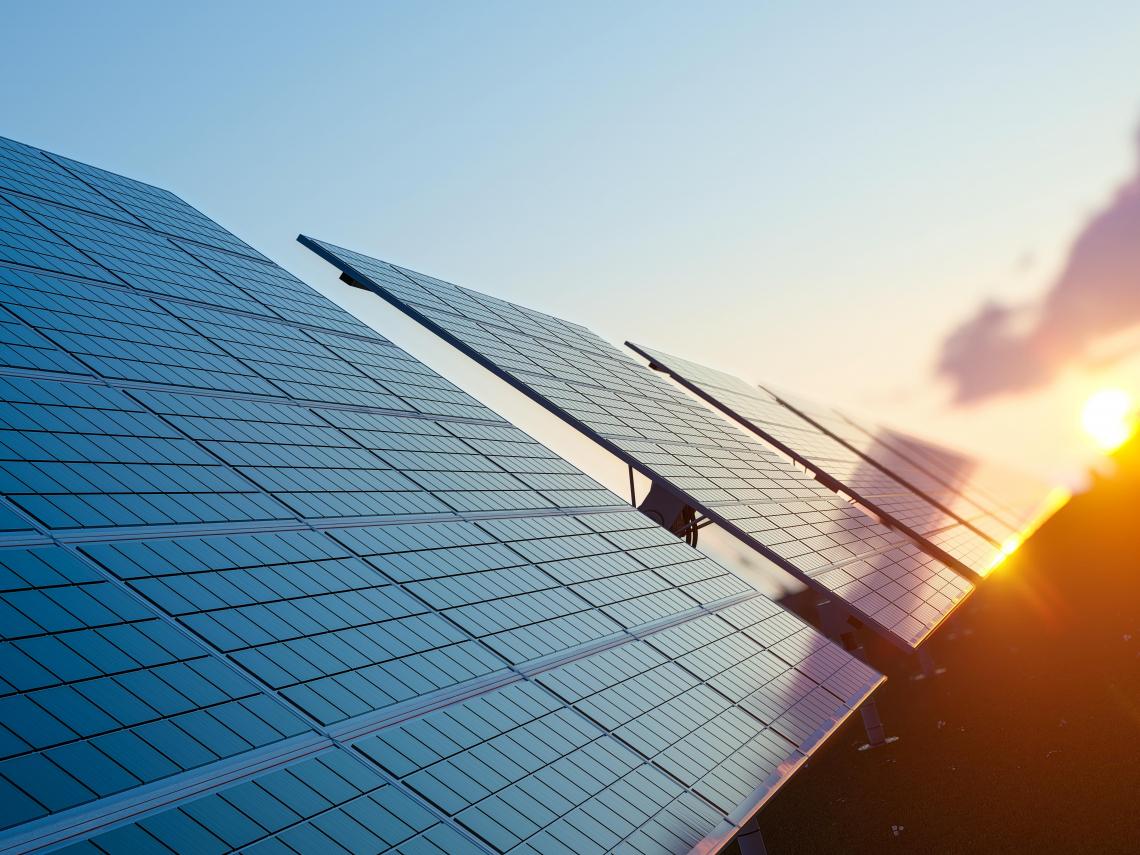 全美第一間純綠能校園,史丹佛如何實現 100%太陽能供電?