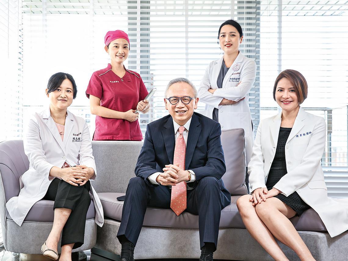 他打造「全女醫」陣容 要讓台灣生殖醫療走向國際 金融老將林羣揪「試管媽」 團隊 助人圓夢