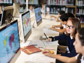 瑞典的社會福利政策》給每家窮小孩一台電腦,20年後創業潮爆發
