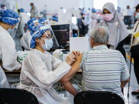 醫揭第一劑打「這廠牌」疫苗「保護力最好」! 2劑間隔太長易失效?「1個前提下」免擔心