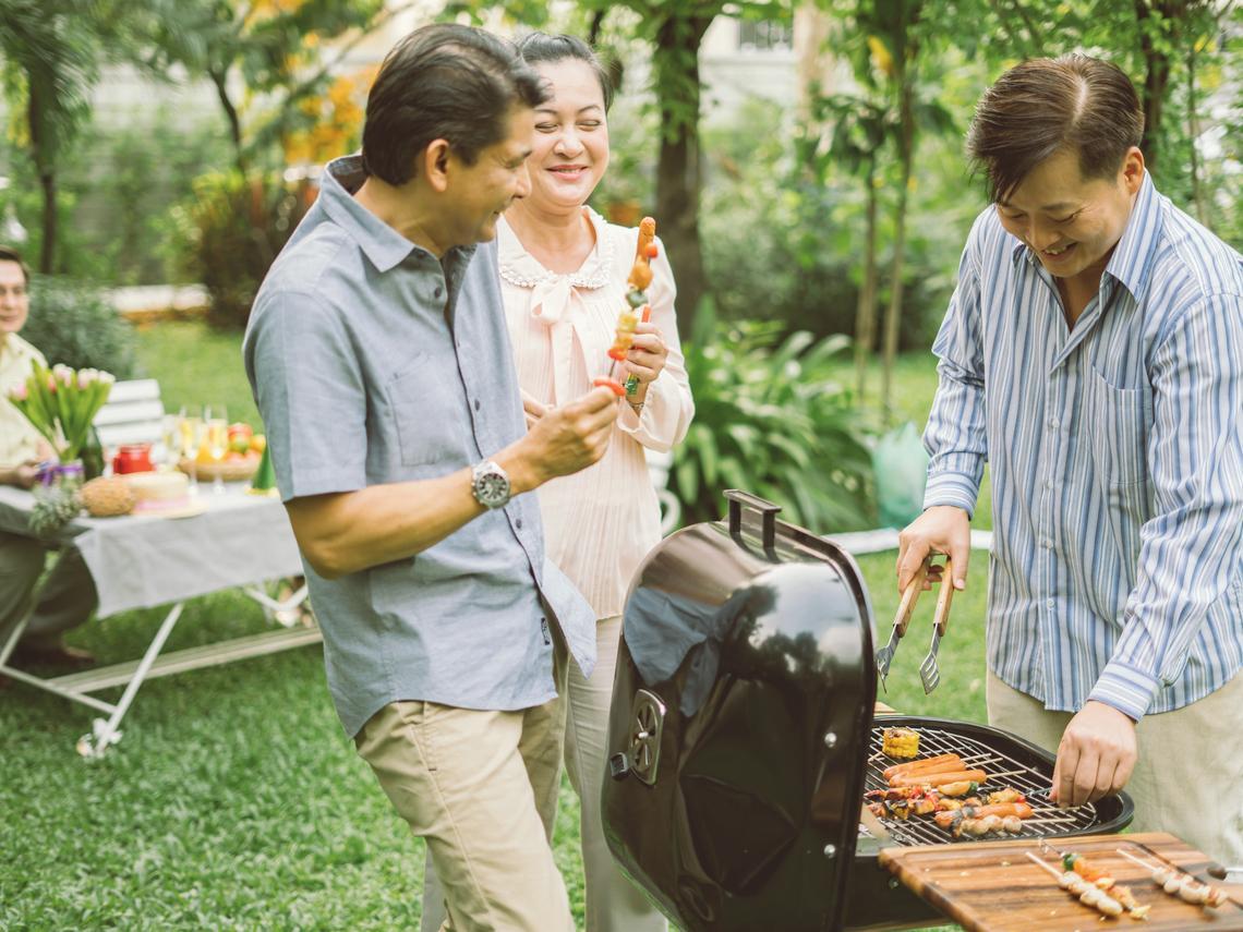 無法在戶外烤肉,宅在家照樣好好慰勞自己!中秋烤肉,營養師教你這樣吃不怕胖
