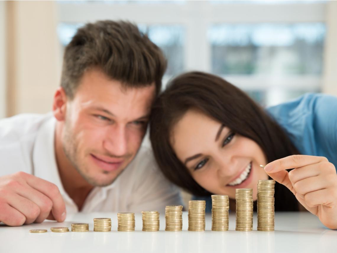 不開雙B、住40年老屋...調查1000個億萬富翁結果驚人:爸媽節儉、我很省...老婆比我們更省