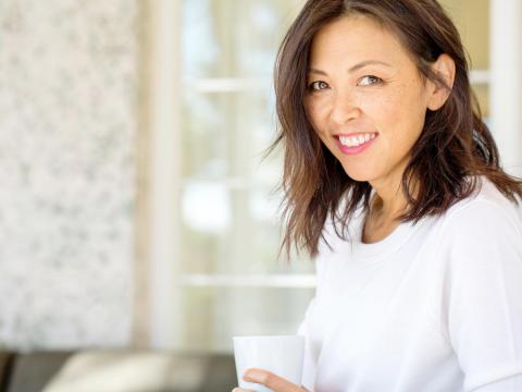 卵巢癌確診常已末期、癌細胞擴散!醫師:這樣治療阻止癌細胞形成、降低復發風險