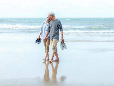 我要帶老婆環遊世界!他退休後才去菲律賓學英文:年齡不該是追夢的阻礙!
