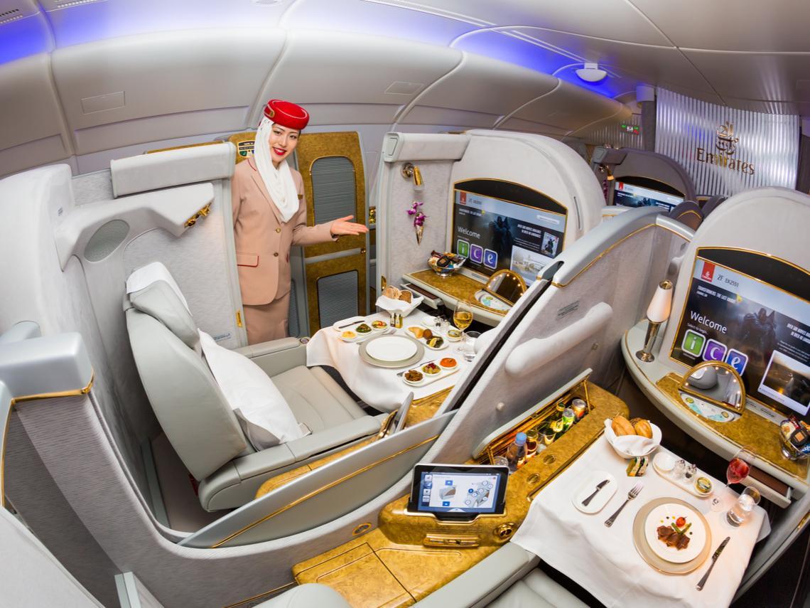頭等艙超級VIP免稅品買到連機上組員都見者有份...一個空姐的告白:來中東才發現,貧窮限制我們的想像