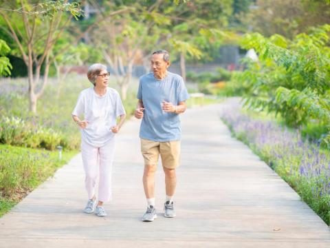 3個月沒運動馬上恢復運動強度,足底筋膜炎來作怪!做對這些事降低發炎、運動傷害