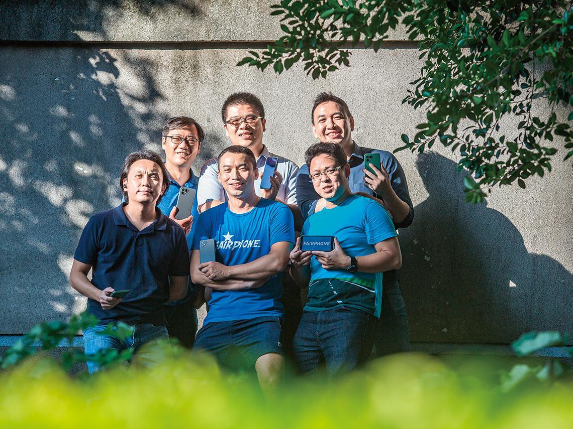 土洋聯手最永續手機品牌Fairphone,開發團隊清一色台灣人 破天荒造100%垃圾製手機 荷蘭新創率瀕垮小台廠升級記