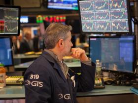 通膨警報響!哪些股票有賺頭?歷史數據顯示「這兩類」受矚目 這檔ETF今年以來漲7成!