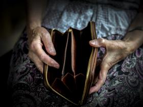 通膨來襲「退休金4%法則」失效?擔心老本提前被吃光淪窮忙族 你得換這「理財策略」