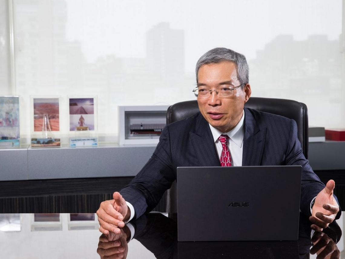 鴻海新定位: 挑戰千億美元市值國際級企業