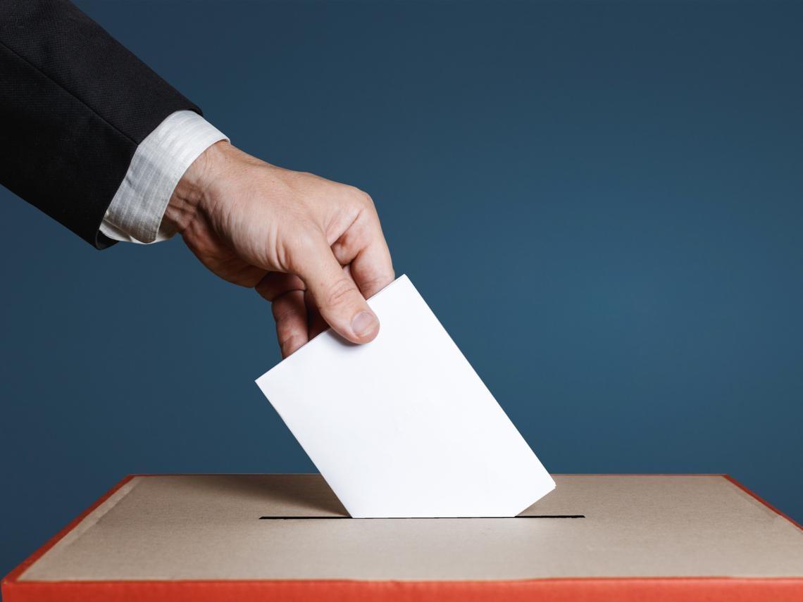 滿18歲可考公職 為什麼不能投票?