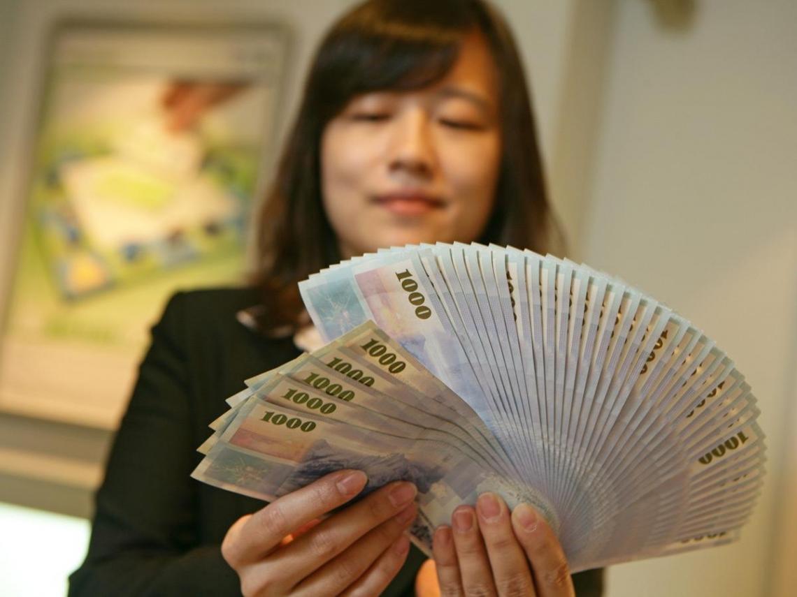 台幣強升  匯損、受惠產業全解讀