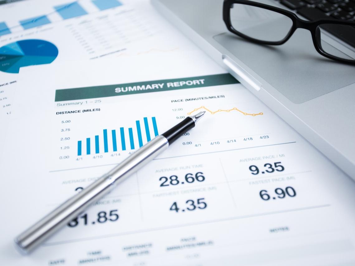 兼顧保障與理財  類全委保單總報酬是關鍵