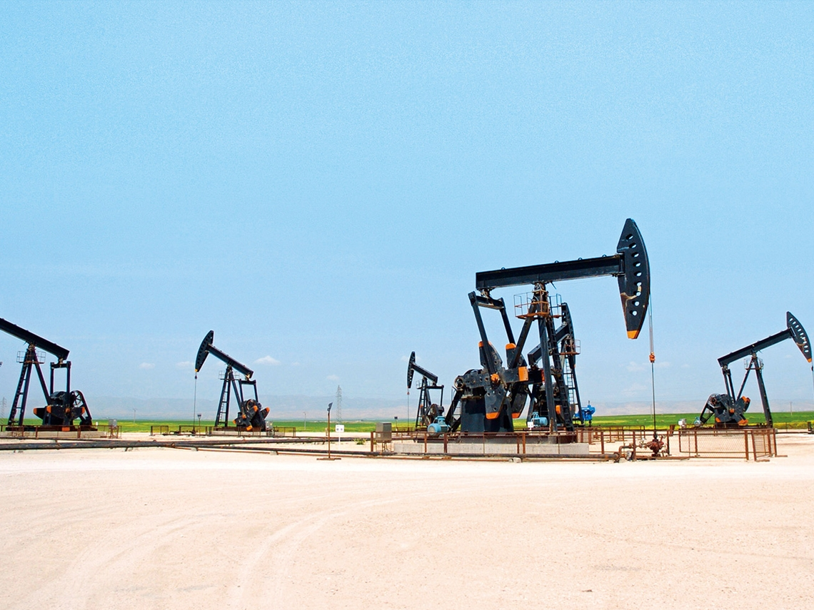 油價止穩 塑化、紡織族群暢旺