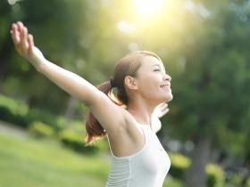 腰痠背痛無解?試試曬太陽