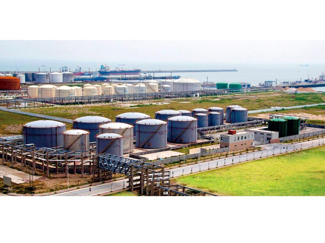 油價暫落底 第一季逢低布局塑化股