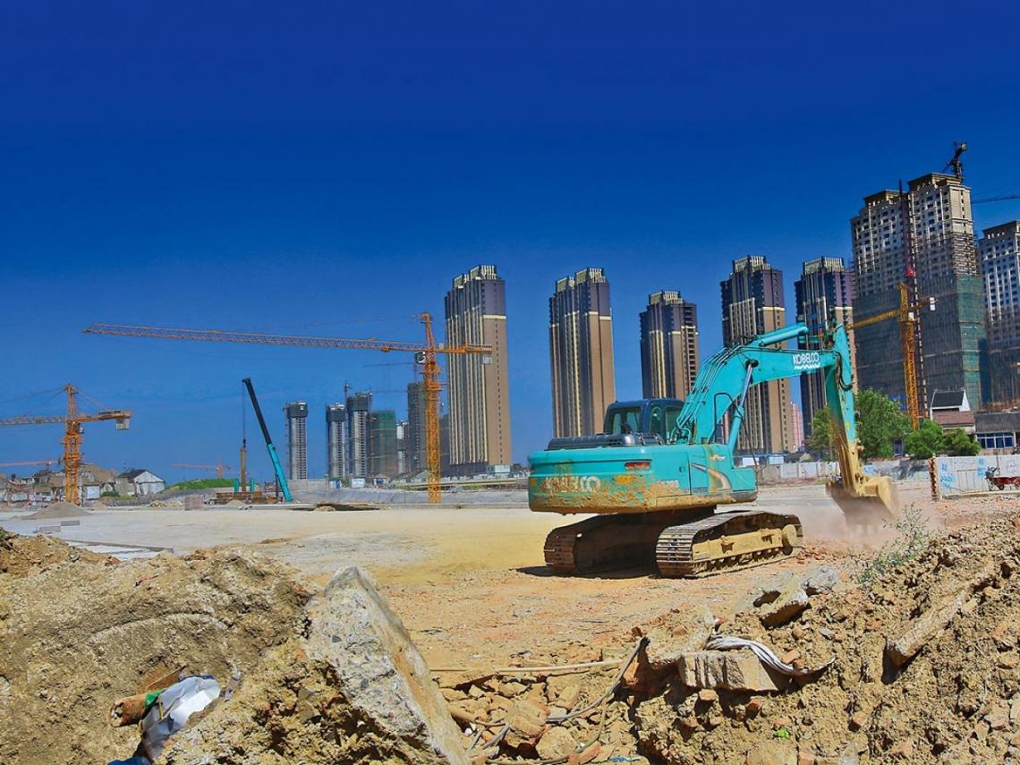 中國經濟不夠力 打房五年忽鬆手