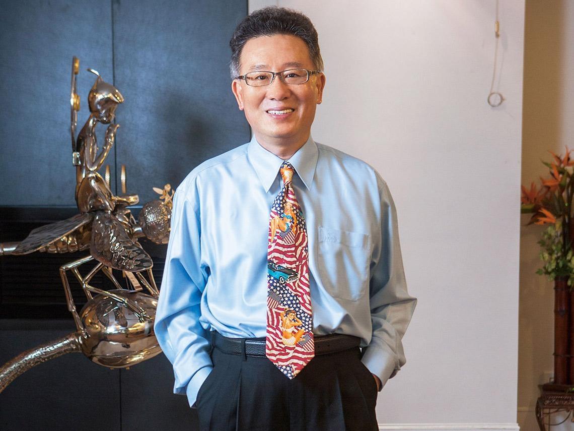 霹靂國際多媒體榮耀布袋戲——黃強華、黃文擇傳家風立典範