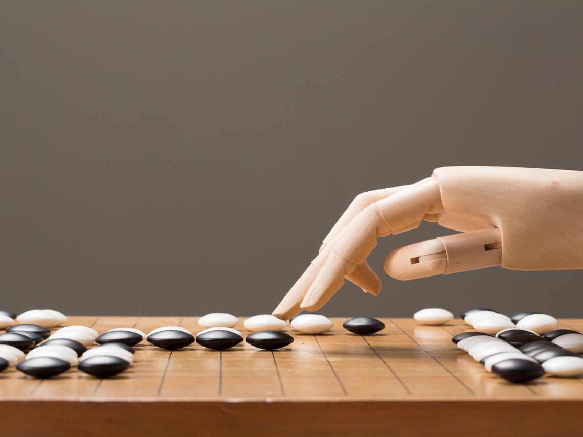 苦學棋譜大敗人腦 AlphaGo