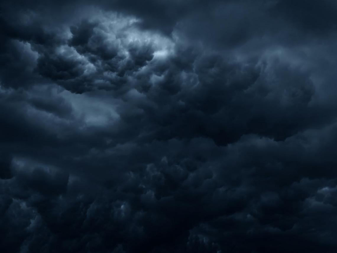 烏雲籠罩  黑透半邊天