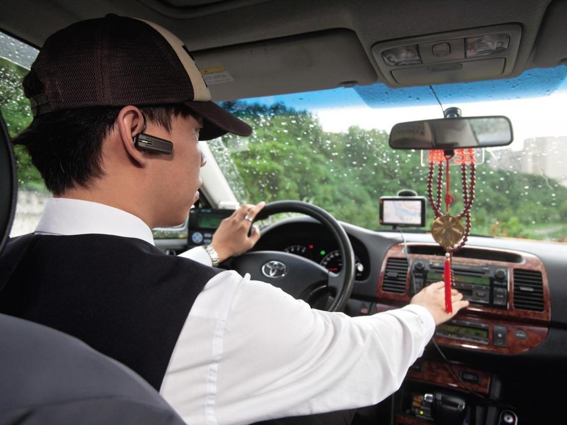 開計程車兼賣保險 趁年輕存第一桶金圓夢