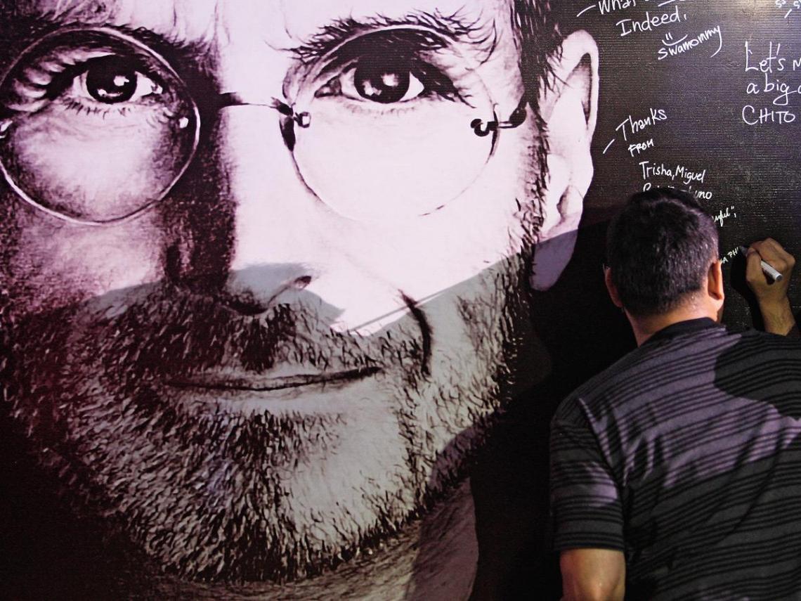 你在iPhone裡看到誰的臉? 賈伯斯