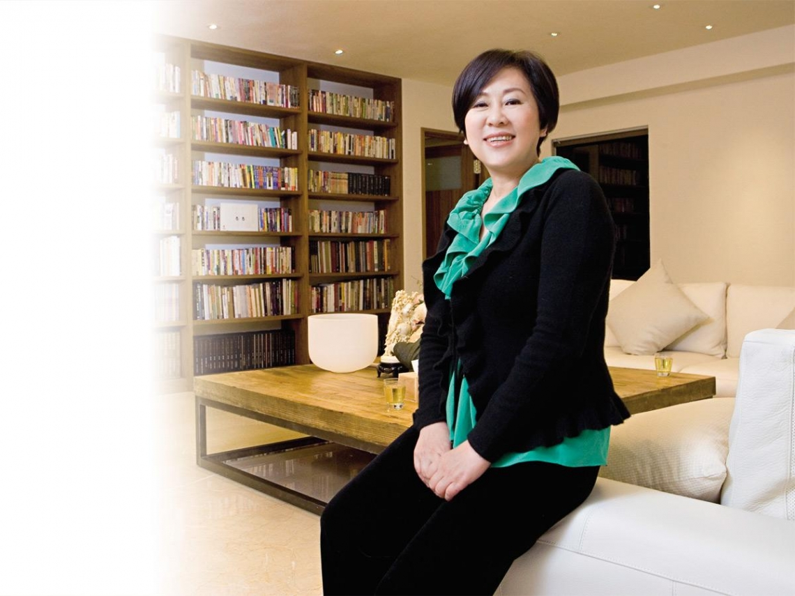余湘從總機小姐,變身價逾二十億的廣告教母