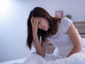 嗜睡不是睏了,而是小中風!這10大徵兆,你一定要知道