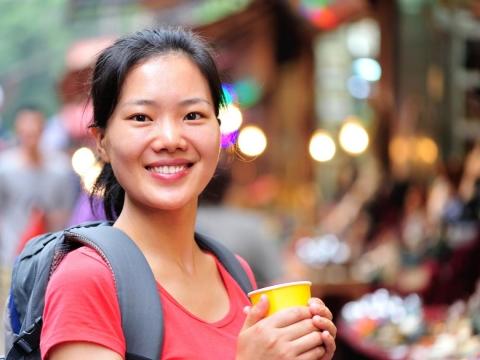 50歲的女子學:學會獨立、放下完美,婚不婚姻都快樂!