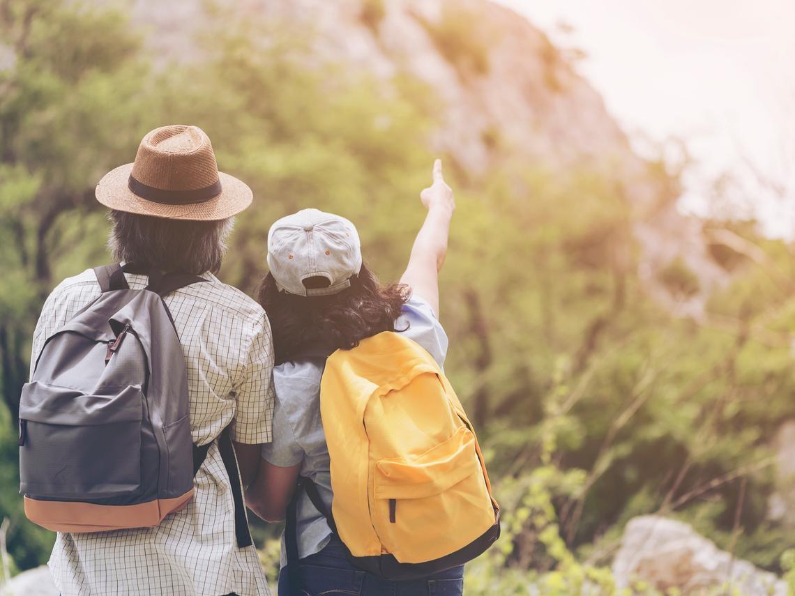 一個人自助旅行會害怕?退休不一定要出國玩!「這樣」旅遊更有意義,悠閒享受美好人生