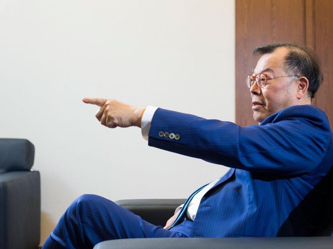 狂人CEO黃崇仁