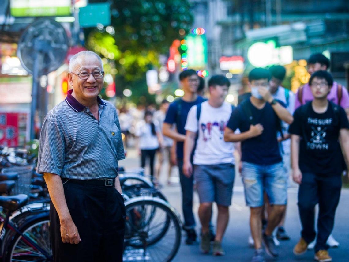 司徒達賢教書42年  「畢業」告白