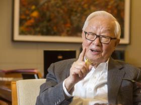 退休3年仍勤閱讀、打橋牌!張忠謀今迎91大壽,聊起最愛雜誌:這本看70年沒停過