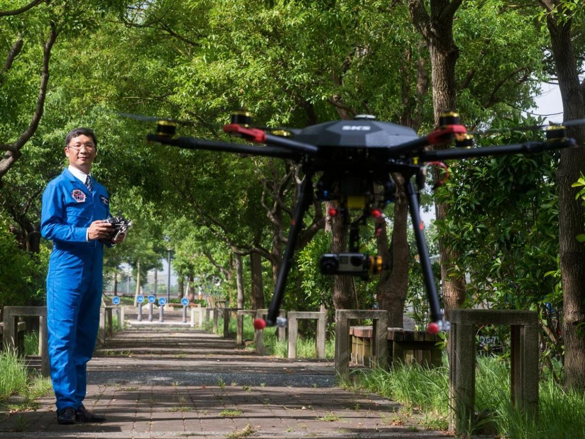 台灣首家無人機 跨國搶智慧農業千億商機