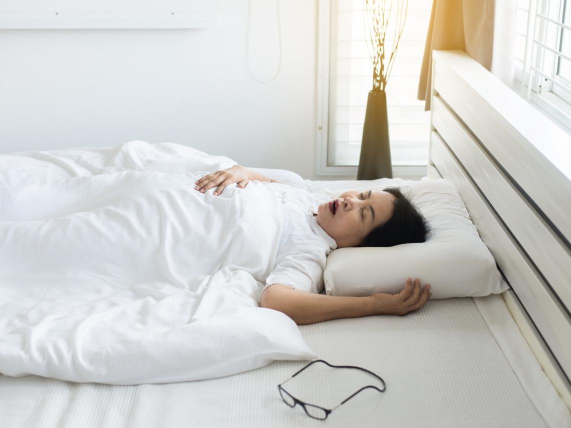 長期打鼾易引起發炎、憂鬱、中風!應進行檢查矯治,避免心血管疾病、猝死