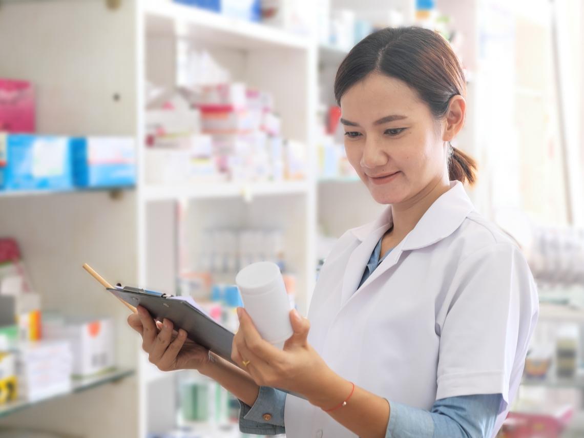 為何在藥局買藥品較便宜?所有商店開了就是要賺錢?那些藥師不跟你說的真心話