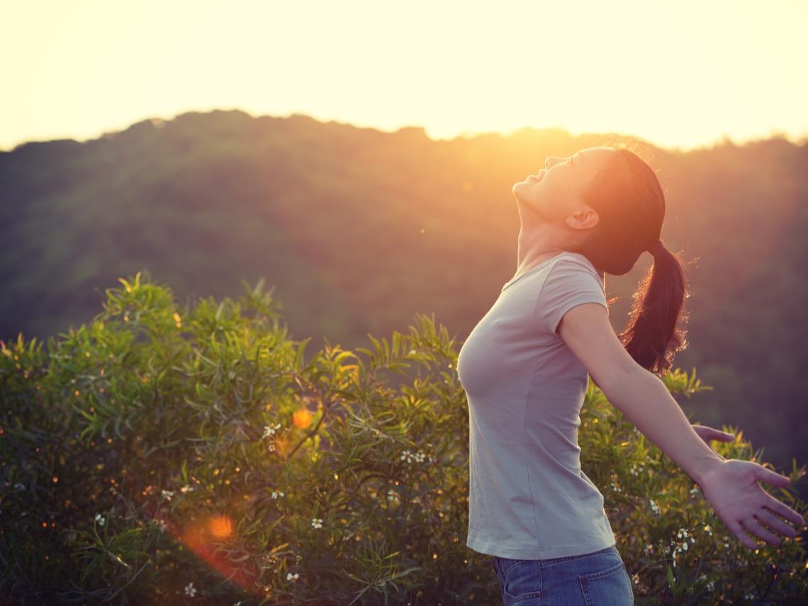 不被負面情緒綁架!一邊冥想一邊祈福,心靈安定好幸福