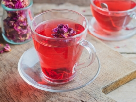 更年期喝對茶,不失眠多夢、心悸盜汗!女中醫推薦:玫瑰安神舒眠茶
