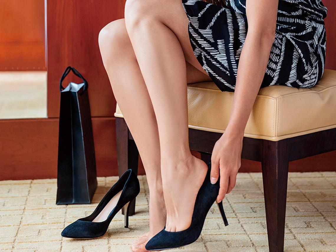 慢跑逛街就腳痛  你可能選錯鞋了