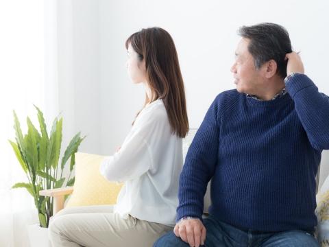孩子回家總跟爸媽吵架?5個溝通習慣,親子感情變超好!