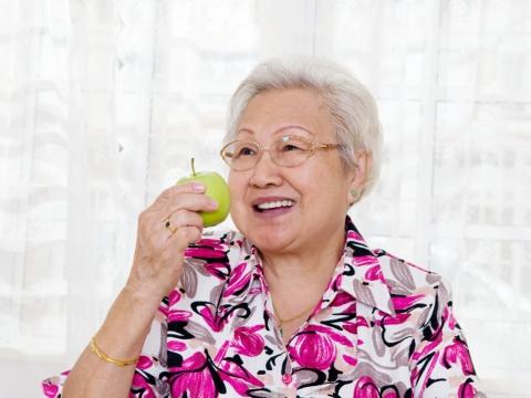 樂觀才會快樂!101歲人瑞:人生要看得開,像阿嬤這樣!