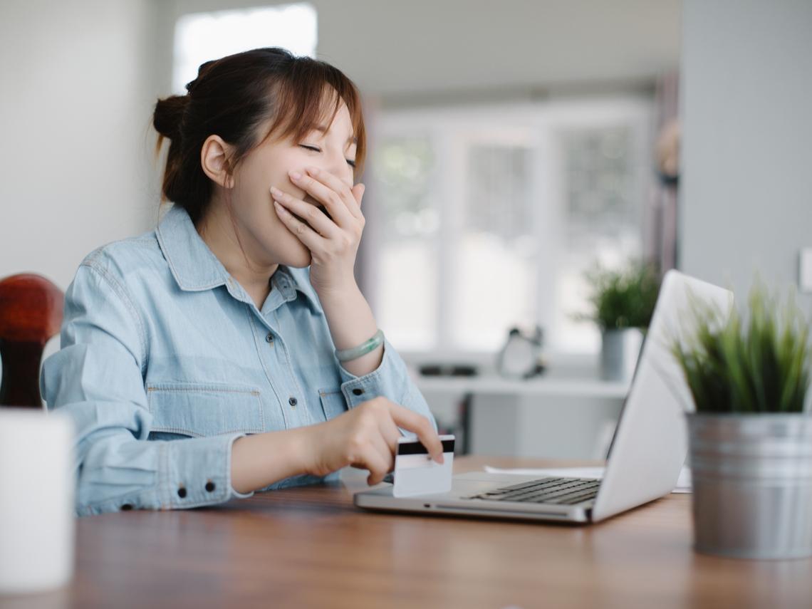 睡好久還是好累好疲勞?睡眠專家整理4大禁忌:改善睡眠,要戒除這些不良習慣