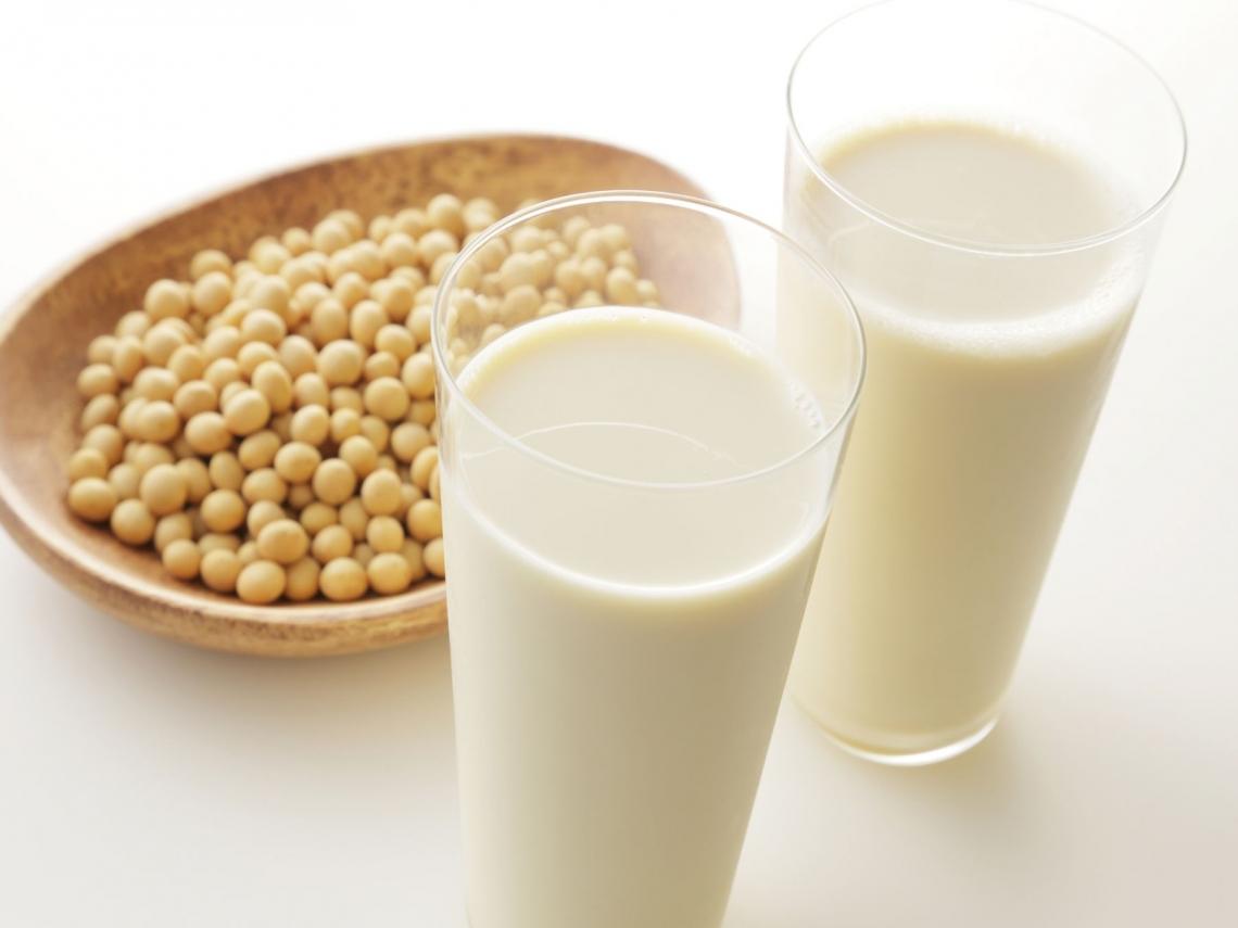 喝豆漿減少腹部脂肪!年後瘦身這樣吃