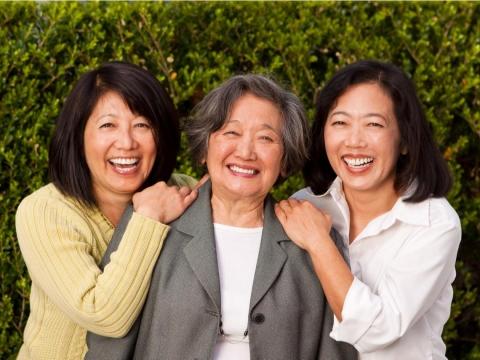 步入退休還想抓住青春尾巴?「認命」會讓生命更自在!