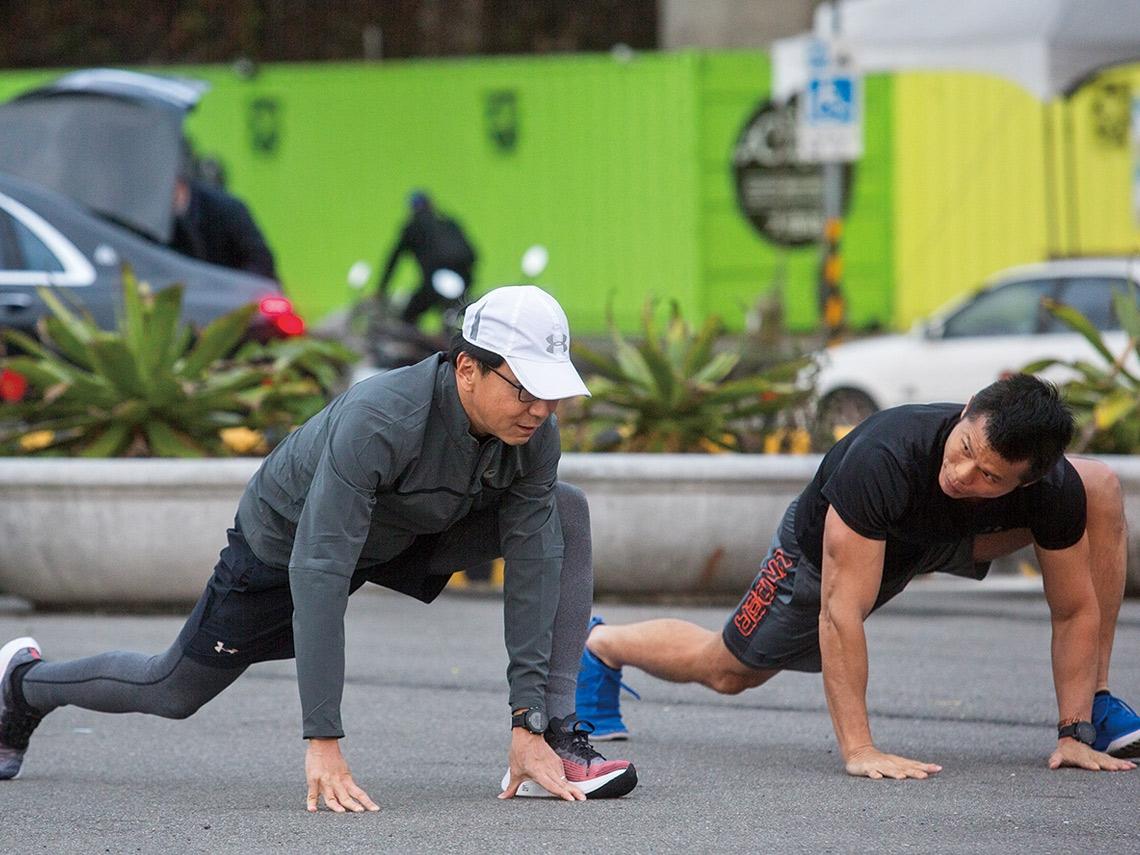 國手健護教練甘思元:力行身體教育  穩紮基本功