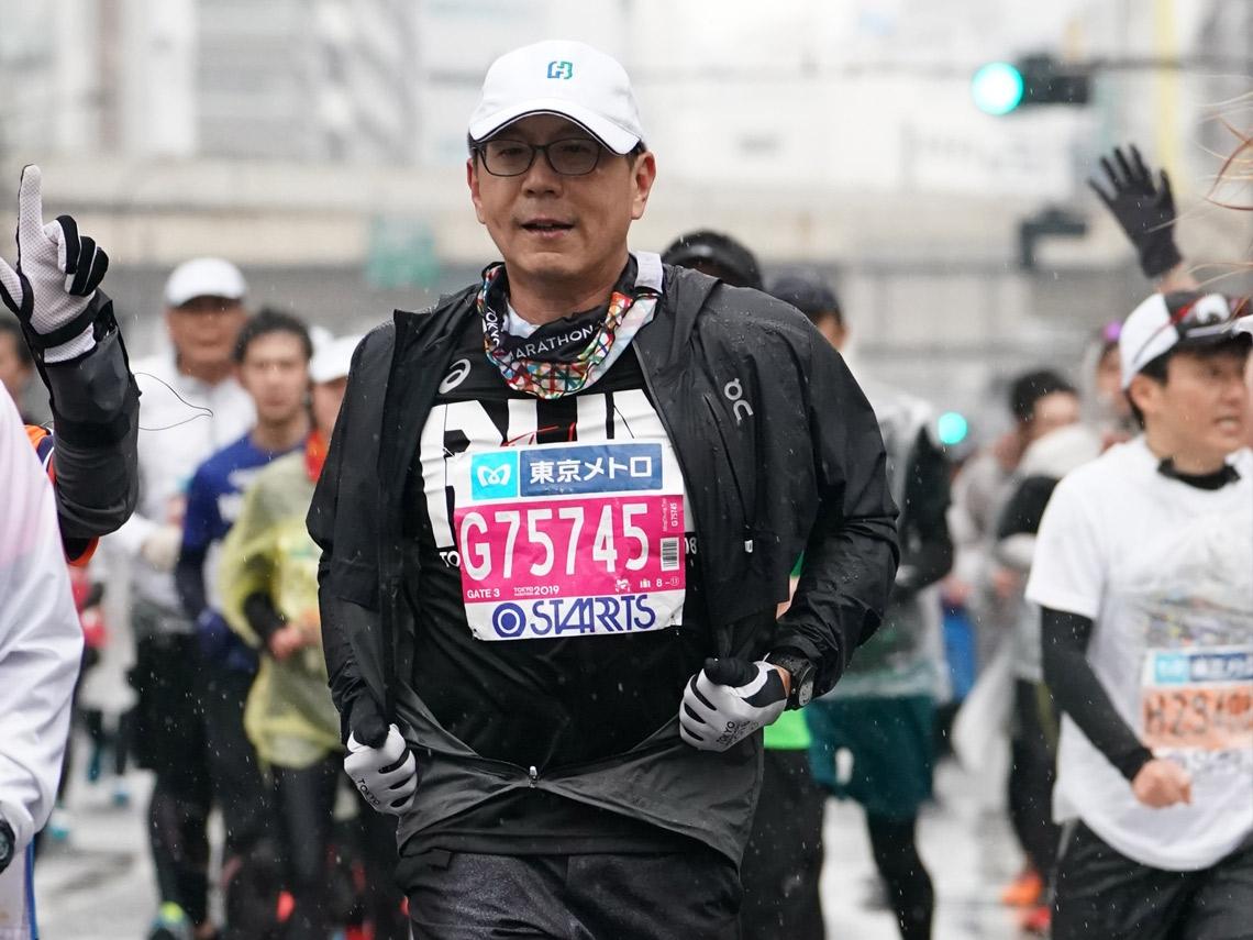 為了么兒開始運動!66歲蔡明忠完賽2次東京全馬:想到完成時的美好,就能堅持到底
