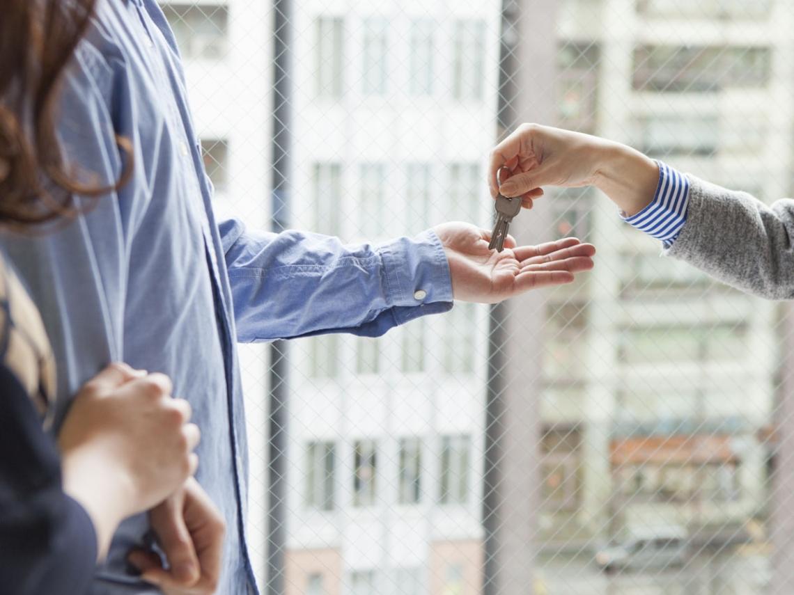 房東要賣房,叫我快搬家...專家:身為房客,這兩個權益你一定要知道!
